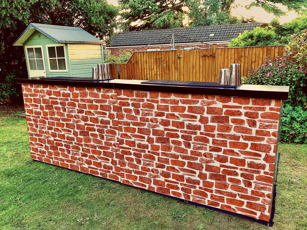 Mobile Bar Hire - Brick